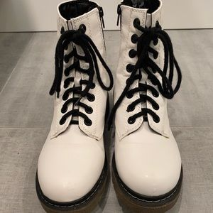 White Combat Boots with side zipper